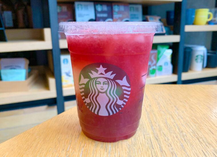 starbucks-pink-frozen-lemonade-and-passion-tea