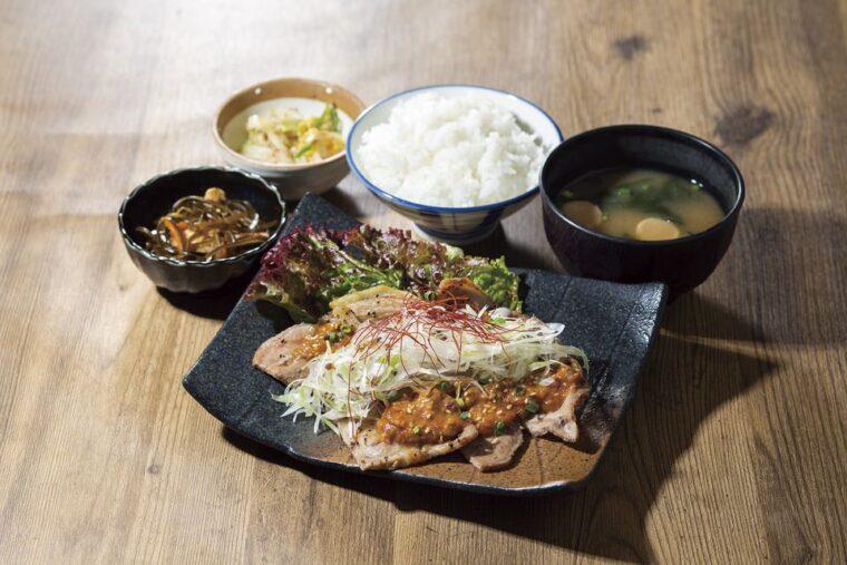 恵比寿 土鍋炊ごはん なかよし