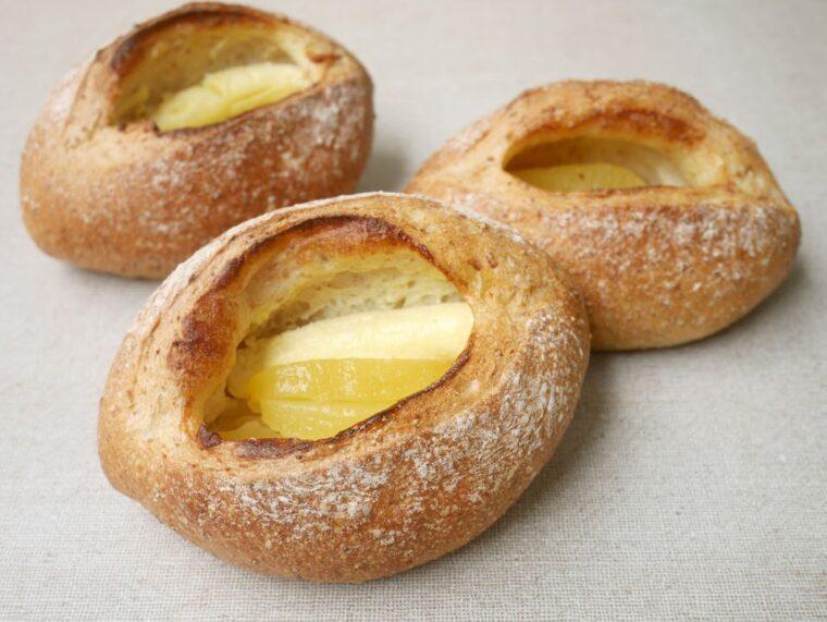 リンゴとチーズのグラハムブレッド