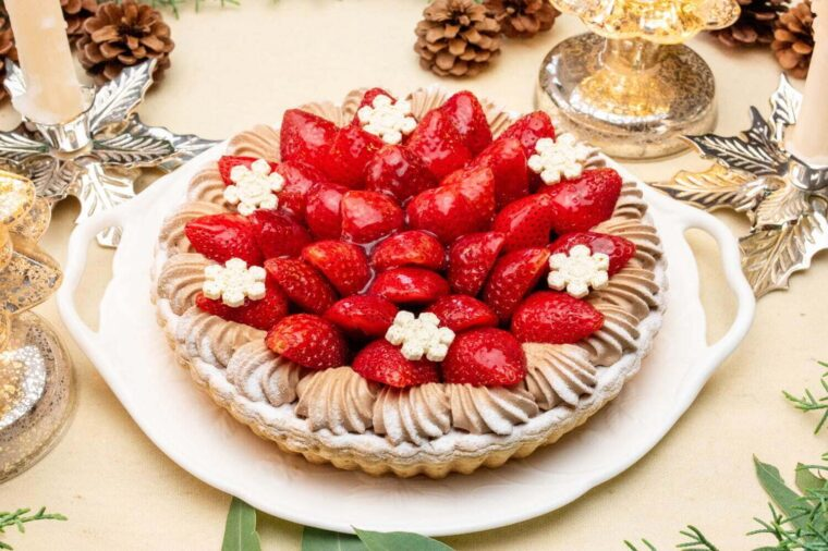 イチゴ とチョコレートクリームのタルト