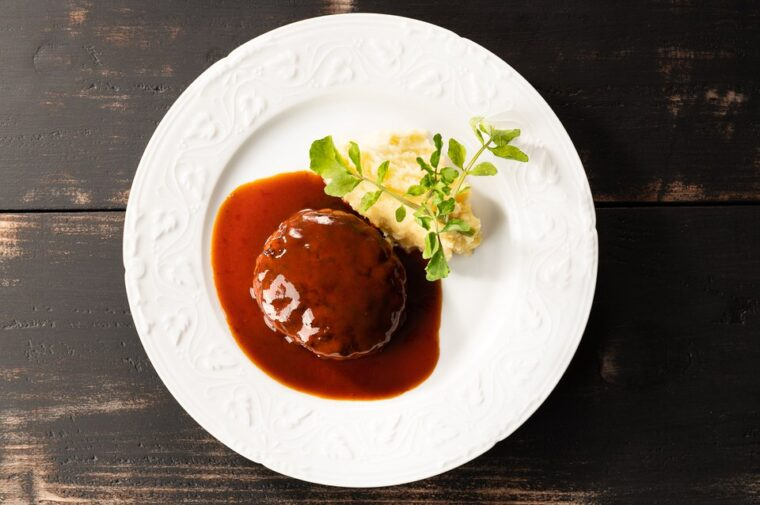 黒毛和牛と黒豚のハンバーグ~洋食ドミグラスソース~
